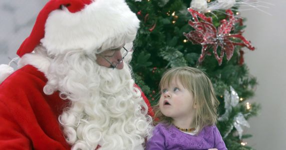 Casper man has brought Santa to life for more than 20 years
