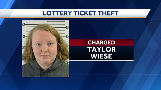 Madrid woman accused of stealing lottery tickets from store