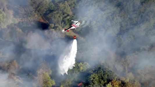 Grass fire threatens structures in Solano County