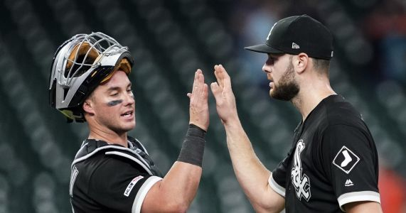 Giolito throws 4-hit gem, White Sox blank Astros 4-0