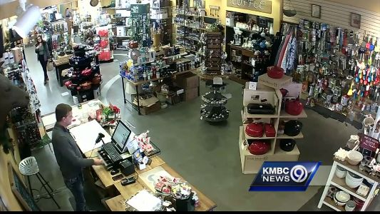 """""""Grinch"""" steals cash from register at Lawrence business"""