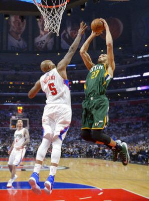 Hayward scores 27, Jazz beat Clippers 96-92 to take 3-2 lead