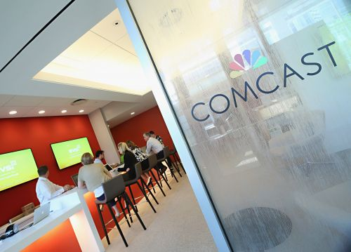 Comcast drops out of Fox bidding war, will focus on Sky