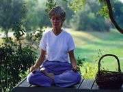 Yoga, Meditation May Ease Some Breast Cancer Symptoms