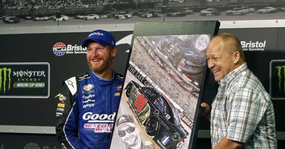 Notable NASCAR artist Sam Bass dies at 57