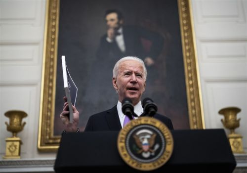 Biden to increase federal food benefits among executive actions aimed at stabilizing U.S. economy