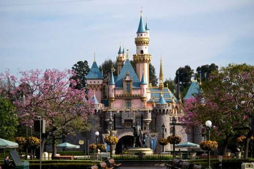 Disneyland cancels its annual pass program