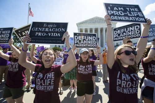 Court declines to block additional waiting period for abortions