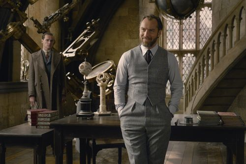 Jude Law addresses Dumbledore's sexuality in 'Fantastic Beasts'