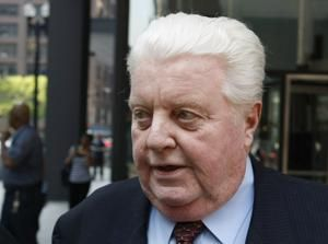 Former Chicago police commander linked to torture dead at 70