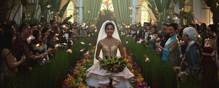 'Crazy Rich Asians' exceeds expectations, takes top spot at box office