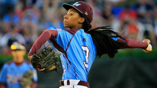 Little League legend Mo'ne Davis makes college choice