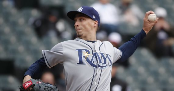 Cy-zilla! Snell edges Verlander for AL Cy Young Award