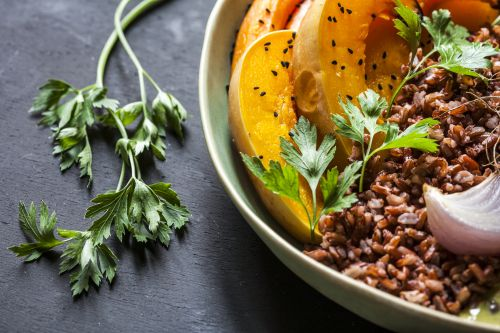 Meatless meetings: One city's government goes vegan one day a week