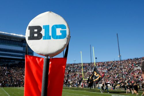 Big Ten votes to play football in 2020, reversing decision