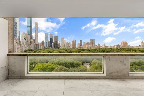 Fifth Ave. pad owned by a Rockefeller hits market for first time since 1963