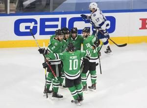 Stars, Lightning going to overtime in Game 4 of Cup Final