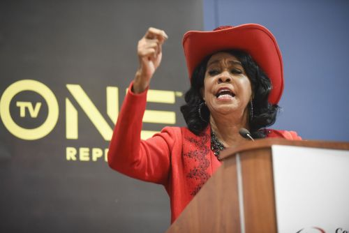 'He definitely does not respect black women': Rep. Frederica Wilson says John Kelly hasn't apologized for their 2017 feud