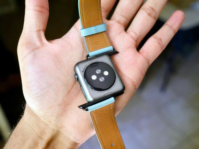 How to swap out your Apple Watch band