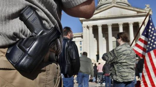 Constitutional carry bill passes Senate panel. Stitt says he 'looks forward to signing it.'