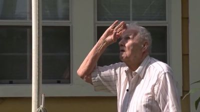Blind veteran attacked while trying to protect American flag