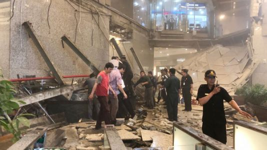 Jakarta Stock Exchange Tower Evacuated After Floor Collapses