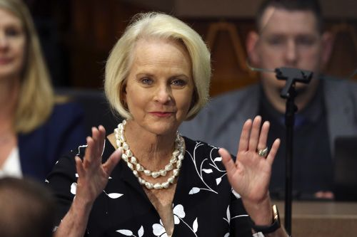 Cindy McCain to endorse Biden