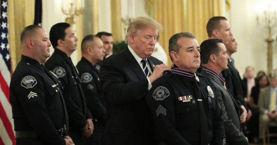 Trump awards medals to public safety officers