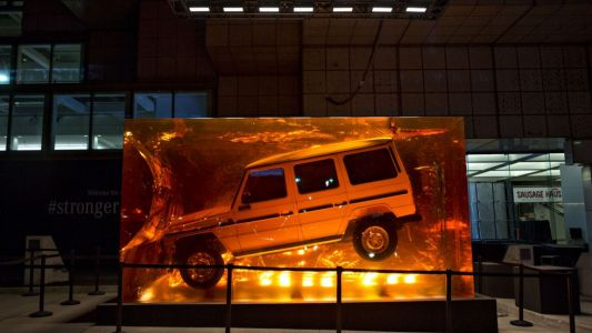 Watch a Mercedes G-Class Get Encased in a Giant Block of Resin