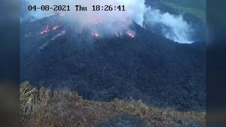 About 16,000 people ordered to evacuate in St. Vincent amid fears La Soufriere volcano will EXPLODE any minute