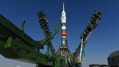 Russian humanoid robot blasts off to Space Station aboard Soyuz-2.1 rocket