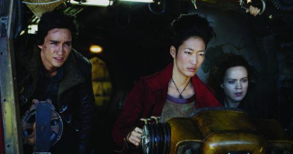 'Mortal Engines' rolls out a big post-apocalyptic mess