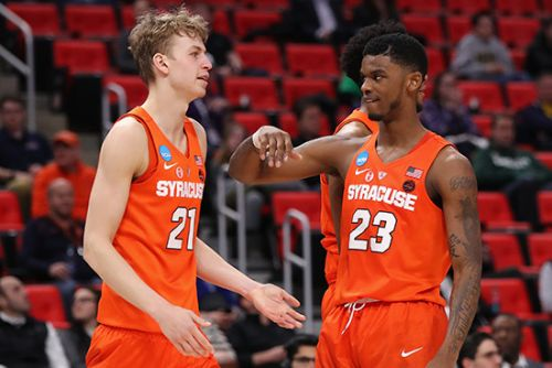 Syracuse freshman starring in tourney he barely watched