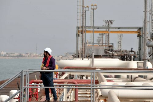 US to sanction nations for importing Iranian oil - including allies