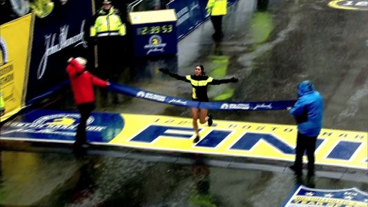 This full-time nurse with no sponsors shocked the Boston Marathon with a 2nd place finish