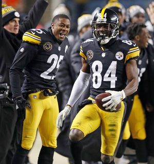 Steelers on top in the latest AP Pro32 poll