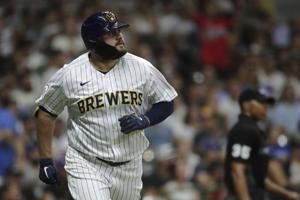 Tellez homers twice to help Brewers beat White Sox 6-1
