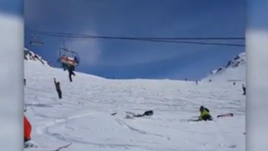Ski-lift failure at Georgian resort sends people flying