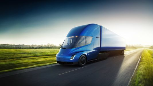 Tesla reveals prices for its electric Semi truck