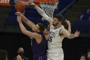 Penn State pulls away late, beats Northwestern 81-78
