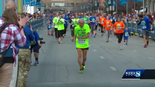96-year-old becomes oldest man to finish Grand Blue Mile