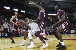 No. 25 Cincinnati sends Mississippi State to 1st loss 65-50