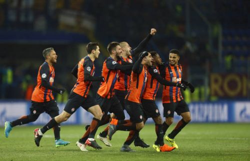 Shakhtar comes from behind to beat Roma 2-1 in Champs League
