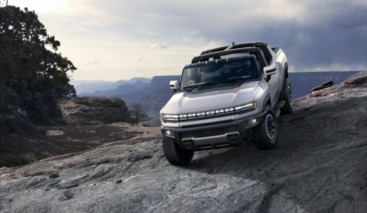 The 14 coolest features of the $113,000 2022 Hummer EV 'Edition 1' - GMC's all-electric 'super truck' coming next year