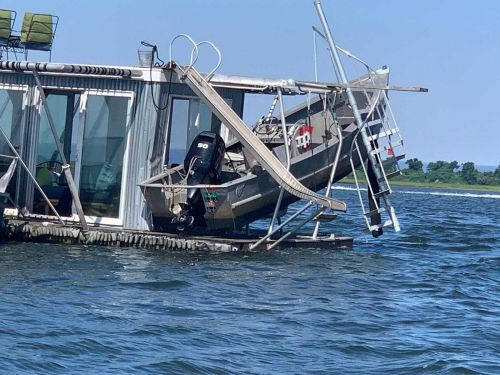 19-year-old hit by his own boat before Ipswich crash, officials say
