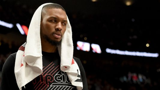 Damian Lillard injury update: Trail Blazers star playing with separated ribs