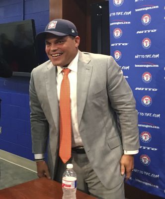Pudge shrugs off slim first-ballot Hall margin, and reason