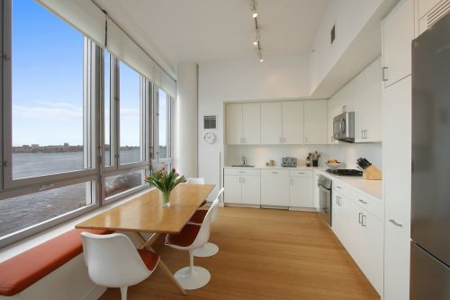 Personal finance guru David Bach lists $6M condo