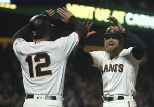 Bumgarner's single in 12th lifts Giants past Padres 5-4