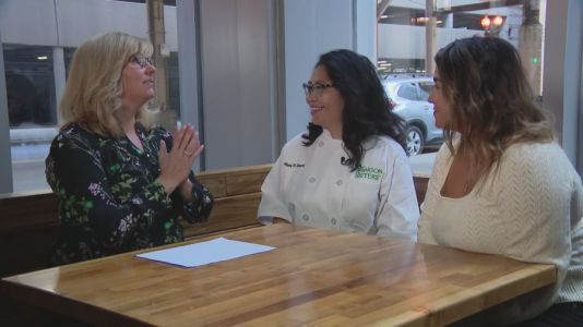 Naperville business owners boost branding for restaurants in need during pandemic